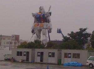 静岡のガンダム完成間近