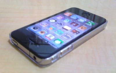 超薄型iPhone 4ケース「TUNEWEAR eggshell for iPhone 4」