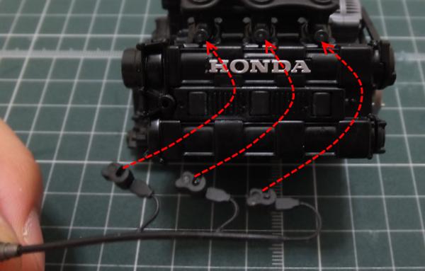 インジェクターにエンジンブロックに仮組み
