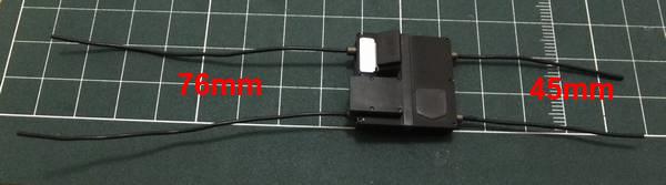 ワイヤーDを45mm×2本、76mm×2本にカットし、先端に瞬間接着剤を少量塗り、エレクトリックシステムパーツBに取り付ける
