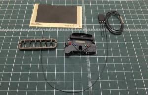 ラインラベルB、エレクトリックシステムパーツA、ランナーパーツのコネクター、ワイヤーE、インストルメントパネル