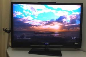 テレビに Chromecast を接続