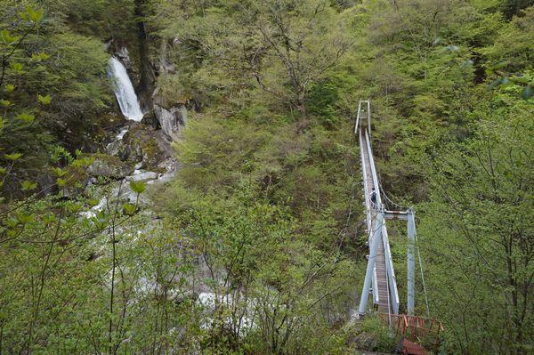 階段や吊り橋